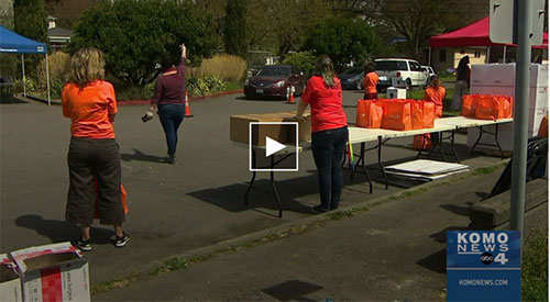 Free food kits provided to Seattle area families in need
